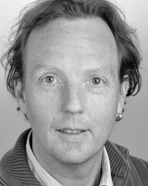 Ein Porträt-Foto von Daniel Oberholzer