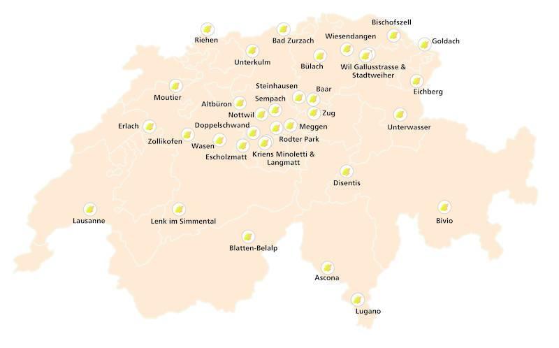 Das Bild zeigt alle bisher bestehenden 34 Spielplätze auf einer Schweizerkarte.
