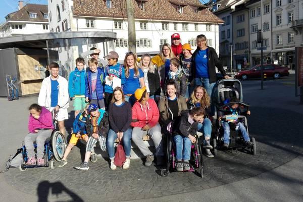 Ein Gruppenfoto der Teilnehmenden.
